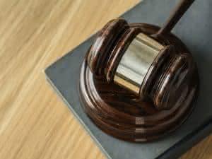 Direito - Notas de Corte, Melhores Faculdades, Salário